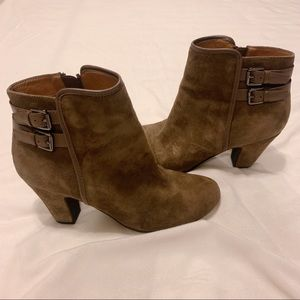 Söfft Brown Suede Booties